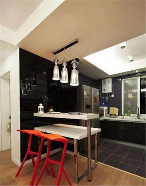 公寓厨房吧台