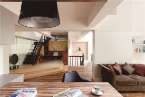 现代客厅茶几样板间