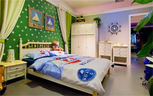 儿童房榻榻米设计与价格图片