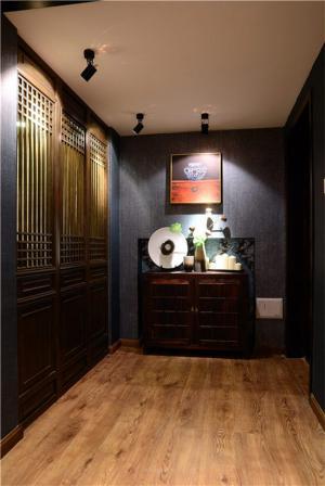 暗色典雅欧式门厅玄关效果图