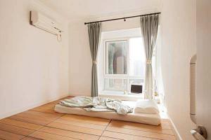 小清新卧室地台床装修效果