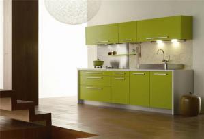 绿色橱柜颜色搭配