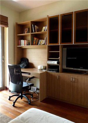 卧室简易家庭书房装修效果