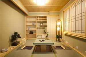 三居室榻榻米家庭书房装修