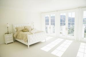 阳光主卧室的床