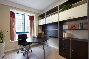 现代书房装修效果图圆形书桌