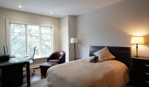 住宅小卧室床