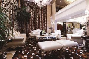 温馨客厅沙发布局图片