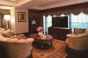 时尚新中式客厅家具图片