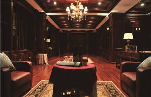 简约长方形客厅家具图片