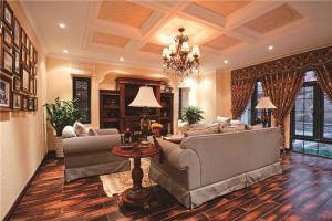 欧式奢华客厅沙发摆放效果图欣赏
