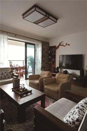 现代简易布艺沙发图片