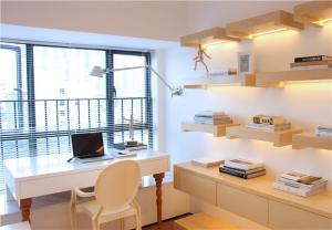 素白欧式书桌