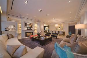 好看的现代客厅家具图片