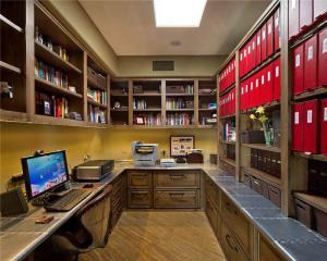 八平米拐角书桌装修
