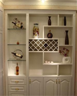 白色淡雅家具家装酒柜设计