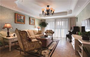 客厅布艺沙发设计