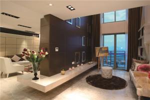 简易美式客厅家具
