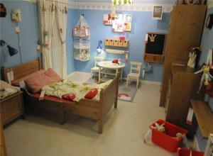 实木家具儿童房装修效果图男孩