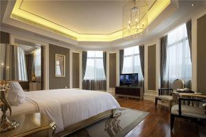 豪华主卧室装修设计图片