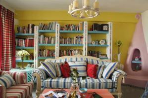 小户型客厅书柜书架