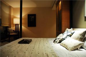 简约小卧室装修案例图片