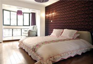 欧式奢华主卧室装修设计图片