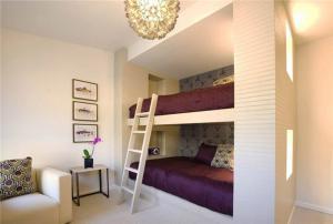 入墙式双层上下床
