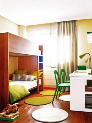 简约儿童房双层床效果图