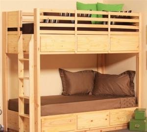 榻榻米上下床家具实拍图