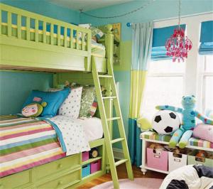 草绿色儿童房设计上下床