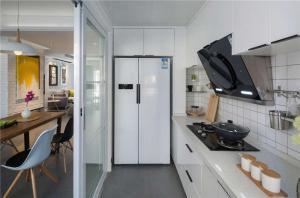 家装小厨房橱柜