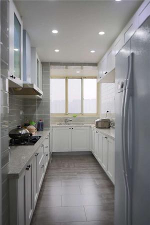 长方形小厨房橱柜